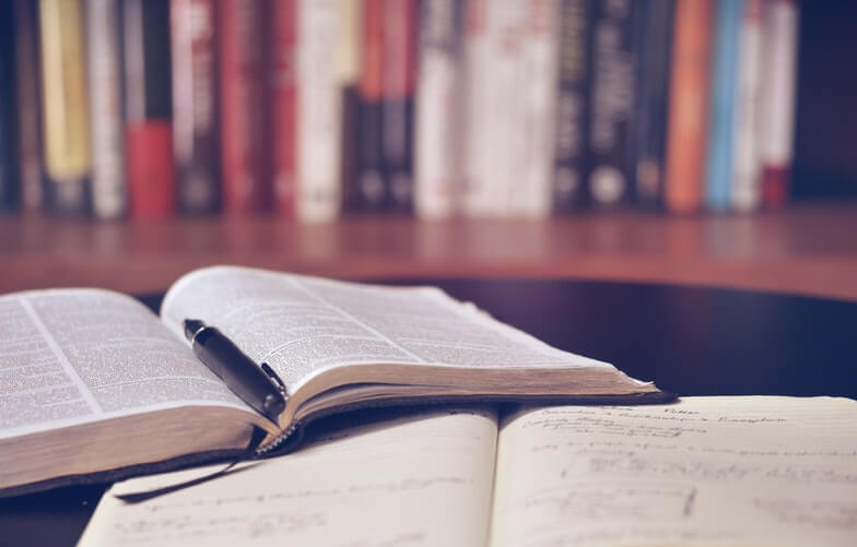 ترجمه تخصصی ادبیات